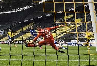 El fútbol volvió con los estadios vacíos en Alemania y lo mismo pasará en los otros países. Foto: AFP