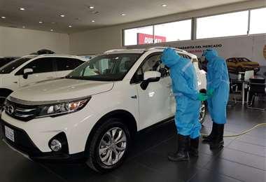 Autos de la marca GAC Motor desinfectados con ozono