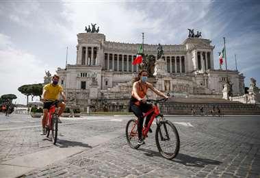 Sin turistas se puede pasear tranquilamente por Roma. Foto DPA