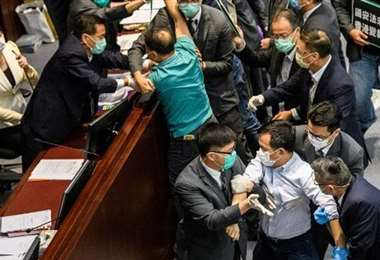 Indignación en Hong Kong