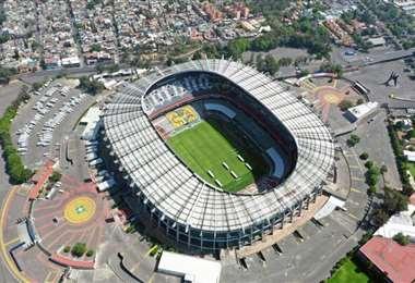 Vista aérea del mítico estadio Azteca de la capital de México, el 22 de marzo de 2020. Foto: AFP