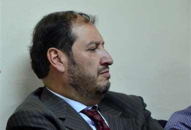 El abogado se encuentra asilado en Lima