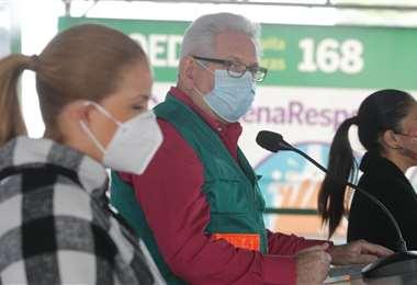 Sosa y Costas brindaron este sábado una conferencia de prensa. Foto Ricardo Montero