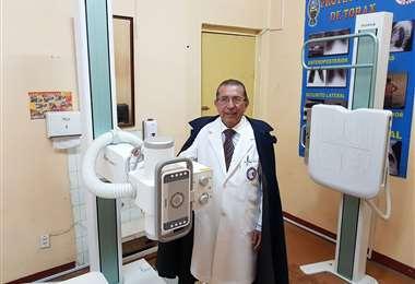 El doctor Édgar Pozo en el hospital del Tórax. Foto: Édgar Pozo.