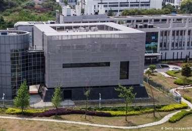 Directora de laboratorio de Wuhan rechaza las acusaciones sobre el nuevo coronavirus