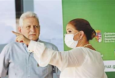 El gobernador Rubén Costas y la alcaldesa interina Angélica Sosa han estado coordinando el manejo de la crisis sanitaria en Santa Cruz | Ricardo Montero