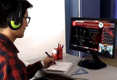 Diariamente se registran unas 100.000 conexiones diarias entre alumnos y docentes