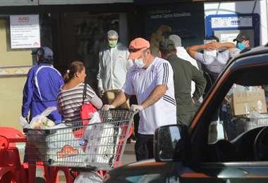 El consumidor ahora es más cauto a la hora de comprar/Foto: Jorge Ibañez