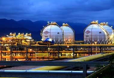 Un reglamento estipula que lo que había sido confiscado a las ETAs se destine a la iniciativa de Promoción para la Inversión en Exploración y Explotación Hidrocarburífera