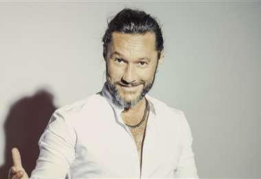 El cantante argentino en una entrevista exclusiva por El Deber Radio
