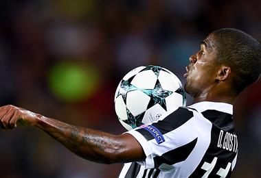 Douglas Costa llegó en 2017 a la Juventus