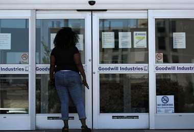EEUU suma 2,12 millones de nuevos pedidos de subsidio de desempleo en una semana