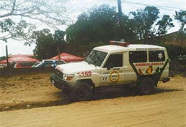 Las ambulancias del Sisme trasladan casos de Covid-19