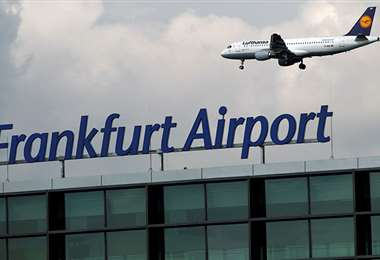 Desde Fránkfort salió el primer vuelo hacia China. Foto Internet