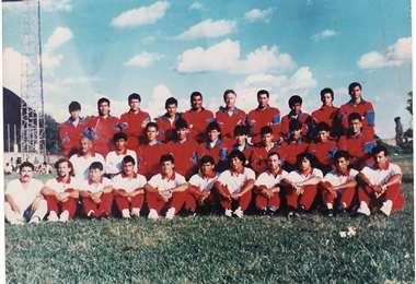 Jorge Quisbert formó parte de este plantel, que fue subcampeón en la temporada 1995. Foto: internet