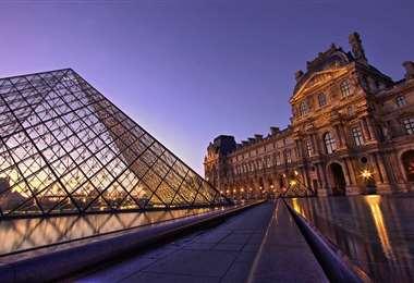 El museo del Louvre de París. Foto Internet