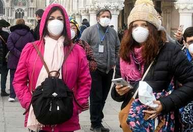 El gobierno critica que la gente no guarde las normas en inicio de desconfinamiento. Foto AFP