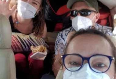 Alba (arriba a la izquierda), una de las fallecidas en la tragedia aérea esta tarde (Redes sociales)