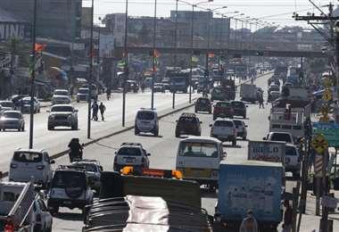 Santa Cruz registra la mayor cantidad de vehículos del país /Foto: Fuad Landívar