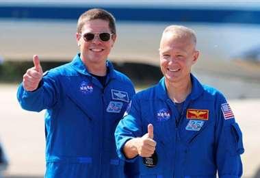 Bob y Doug, los dos mejores amigos astronautas tras una proeza espacial