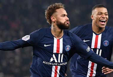 Neymar y Mbappé, del PSG, son las estrellas de fútbol francés