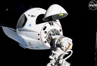 Es el primer vehículo comercial dentro de la era espacial.