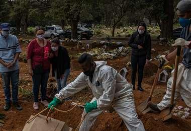 América Latina se hunde en la pandemia