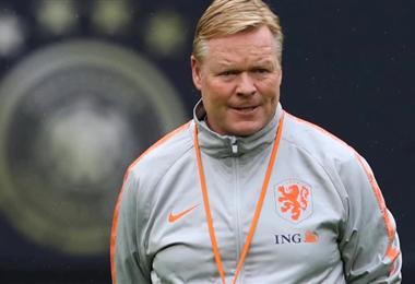 Ronald Koeman dirige a la selección de Holanda
