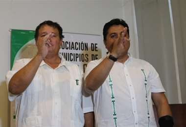 Salces y Barbery presiden Amdecruz