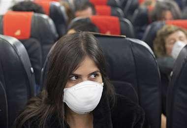 Buscan evitar el contagio en los aviones. Foto Internet