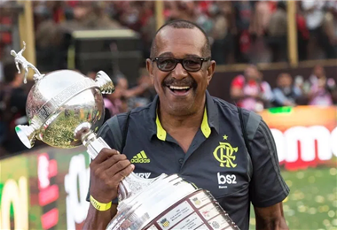 'Jorginho' levantó varias copas con Flamengo