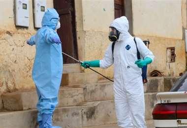 Tarea de desinfección en el municipio de Vallegrande