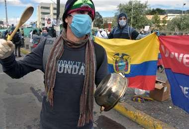 Protesta universitaria en Quito en medio de la pandemia. Foto AFP