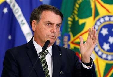Jair Bolsonaro piensa en la economía de los clubes, que tienen planillas millonarias. Foto: Internet