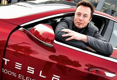 El millonario, fabricante de los autos eléctricos