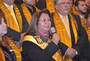 Inés Quispe es esposa del presidente de la FBF César Salinas. Foto: Internet