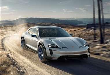 El concepto de Porsche Mission E Cross Turismo, es básicamente un Taycan vagoneta