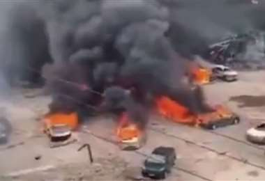 Captura de pantalla del incendio en la autopista. Foto Internet