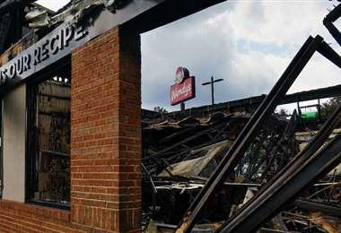 El local que resultó destruido. Foto AFP