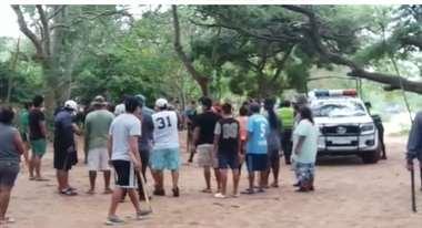 Vecinos se organizaron para auxiliar a la víctima