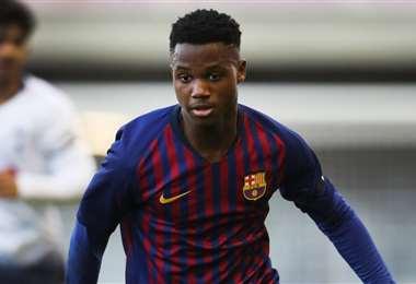 Ansu Fati está catalogado como uno de los futbolistas de mayor proyección en el Barcelona . Foto: Internet