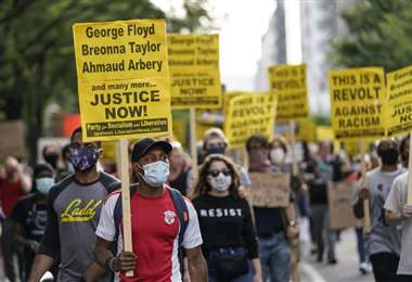 Las manifestaciones podrían hacer rebrotar el coronavirus en EEUU. Foto AFP