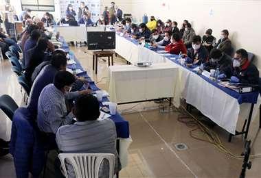 Los municipios lamentaron la indecisión de los interlocutores del gobierno