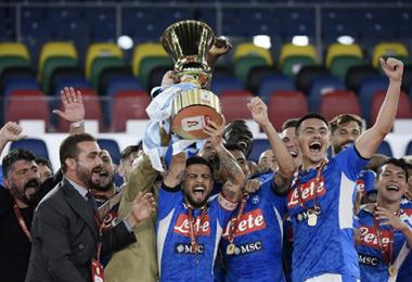 Nápoles liquidó a la Juve desde los 12 pasos