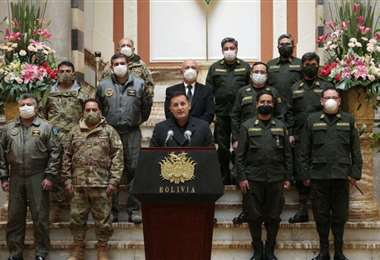 La conferencia de prensa en el Palacio. Foto: Presidencia