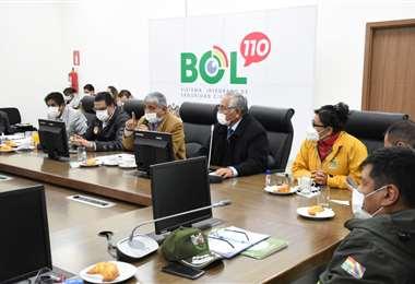 Autoridades reunidas en La Paz i AMN.