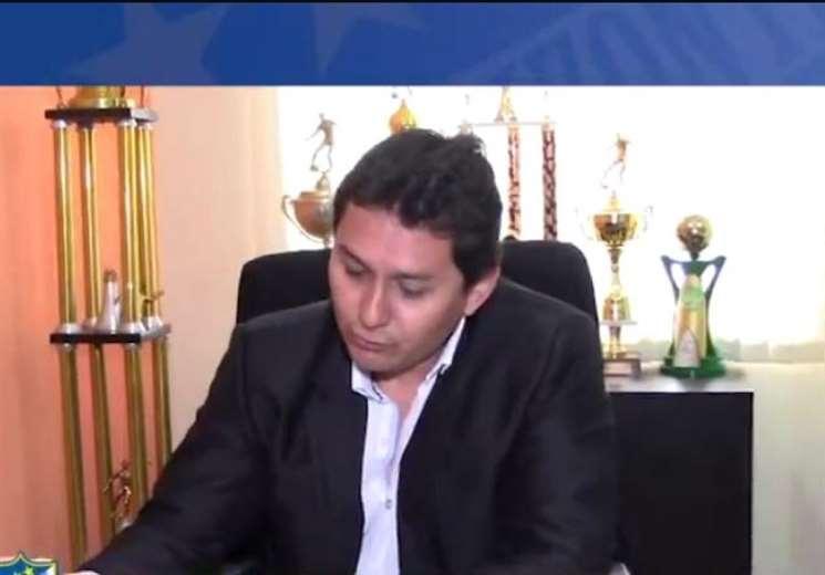 Óscar Canedo hizo de portavoz del grupo Reforma Institucional de la ACF. Foto: