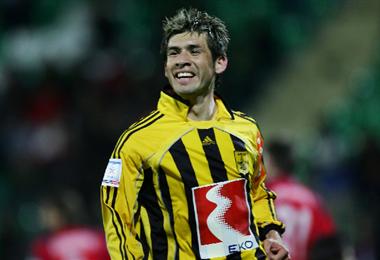 Ronald García jugó en varios equipos del exterior