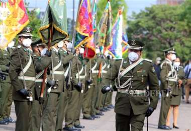 ANIVERSARIO POLICIAL (Foto: JUAN CARLOS TORREJÓN)