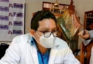 Erwin Escalante, director del hospital Roberto Galindo. Foto. Internet
